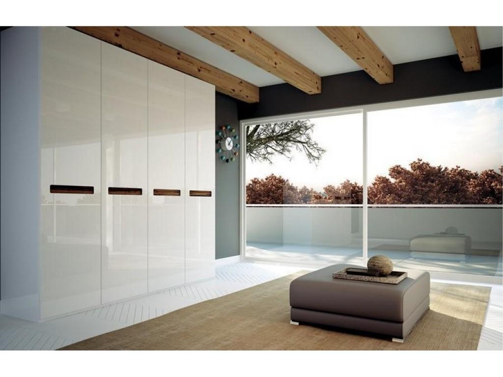 Ντουλάπα υπνοδωματίου ανοιγόμενη σε λάκα γυαλιστερή με λαβή από HPL Ιδέες για ντουλάπες